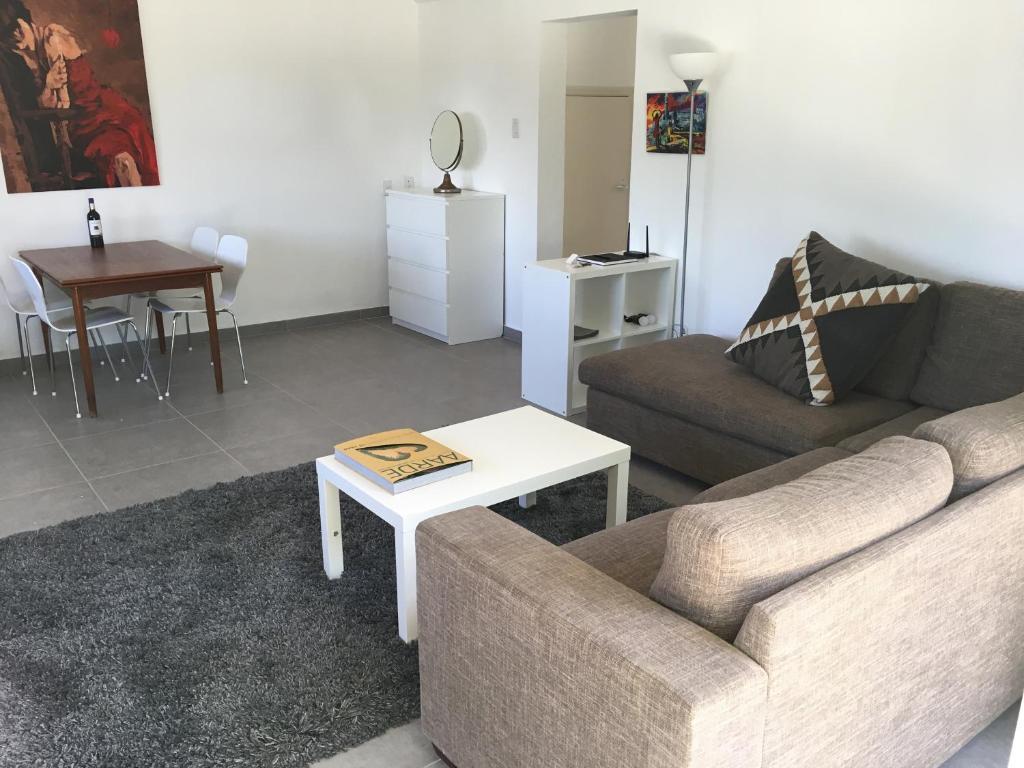 Een zitgedeelte bij Casa Tulia - Curaçao