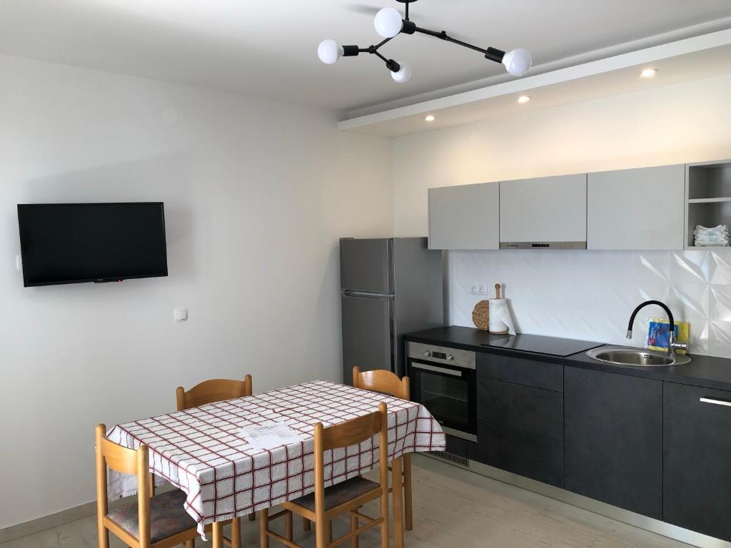 Kuchyňa alebo kuchynka v ubytovaní Adriatic House