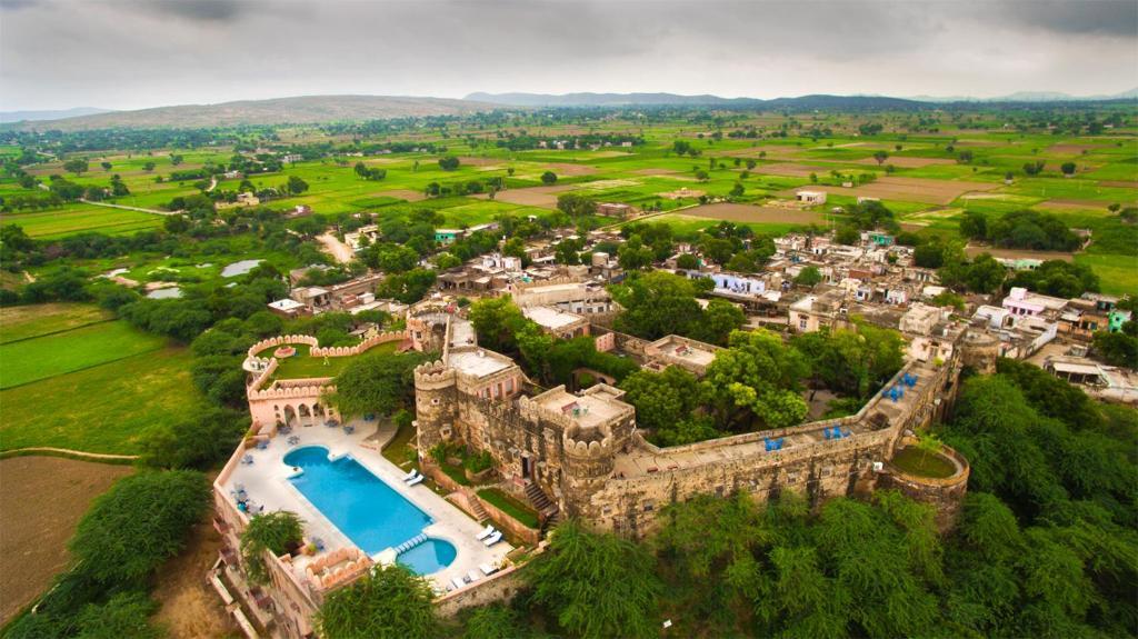 A bird's-eye view of Neemrana's - Hill Fort - Kesroli