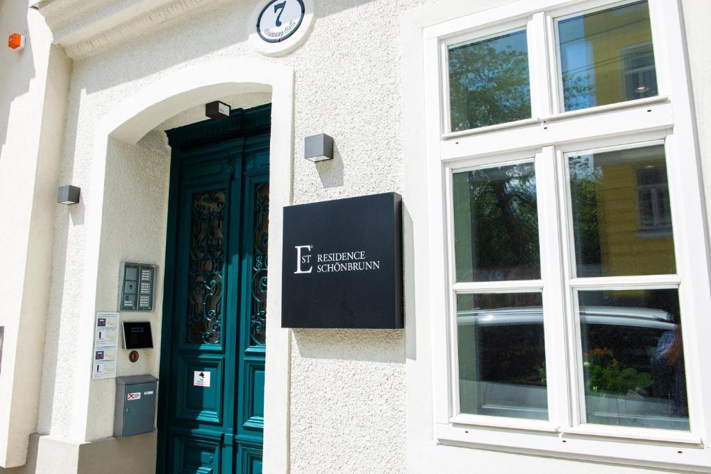 The facade or entrance of EST Residence Schönbrunn - Apartments