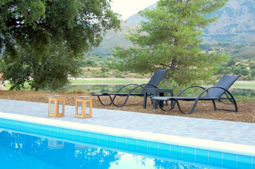 Piscina di Blue Lagoon Villas o nelle vicinanze