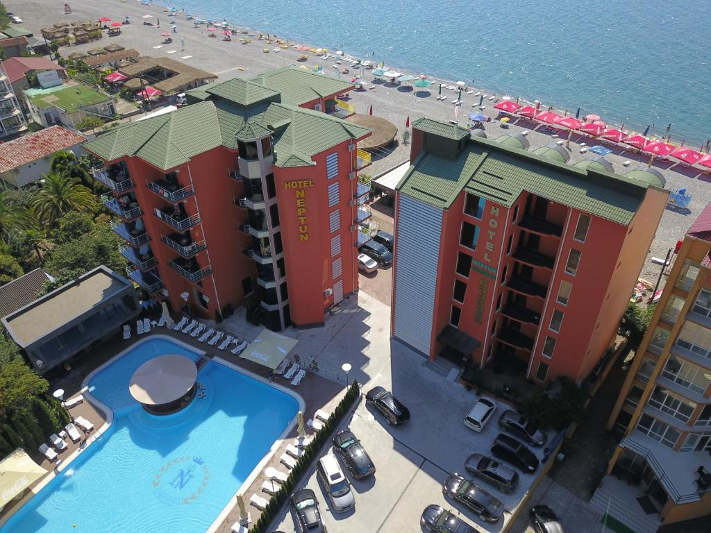 A view of the pool at Hotel Neptun or nearby