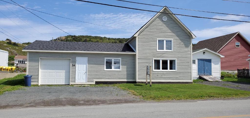 Hillside Cottage 2