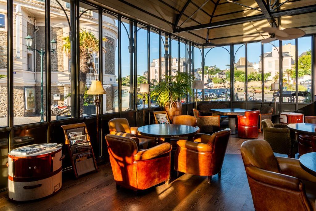 Hotel Royal Emeraude - Laterooms
