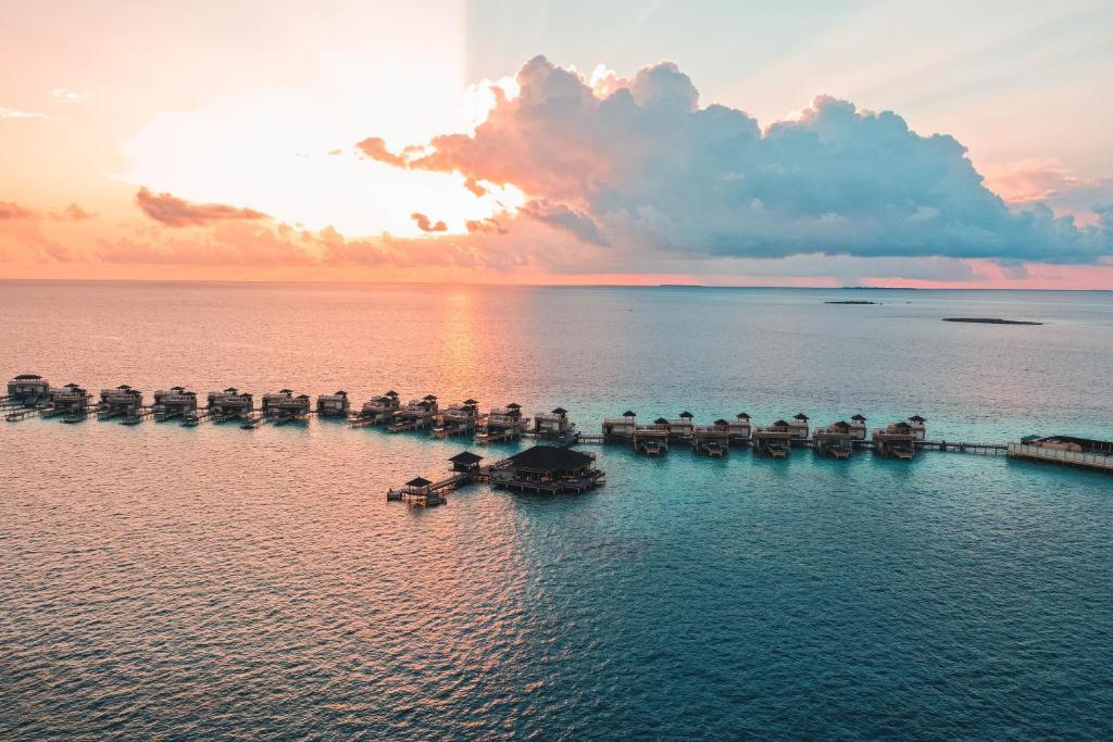 Angsana Velavaru In-Ocean Villas – All Inclusive SELECT
