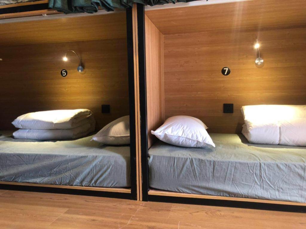 喀什帕米爾青年旅舍房間的床