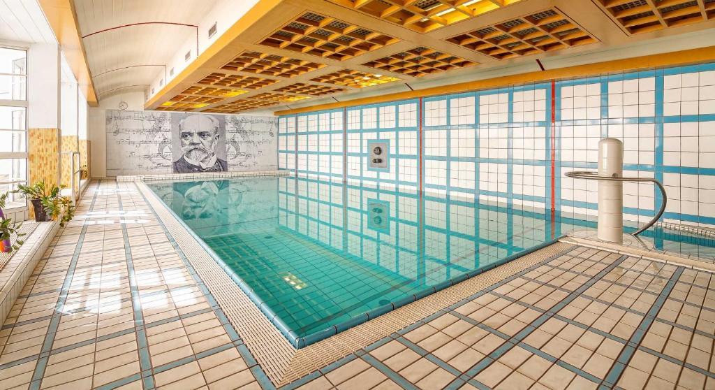 Bazén v ubytování Dvorak Spa & Wellness nebo v jeho okolí