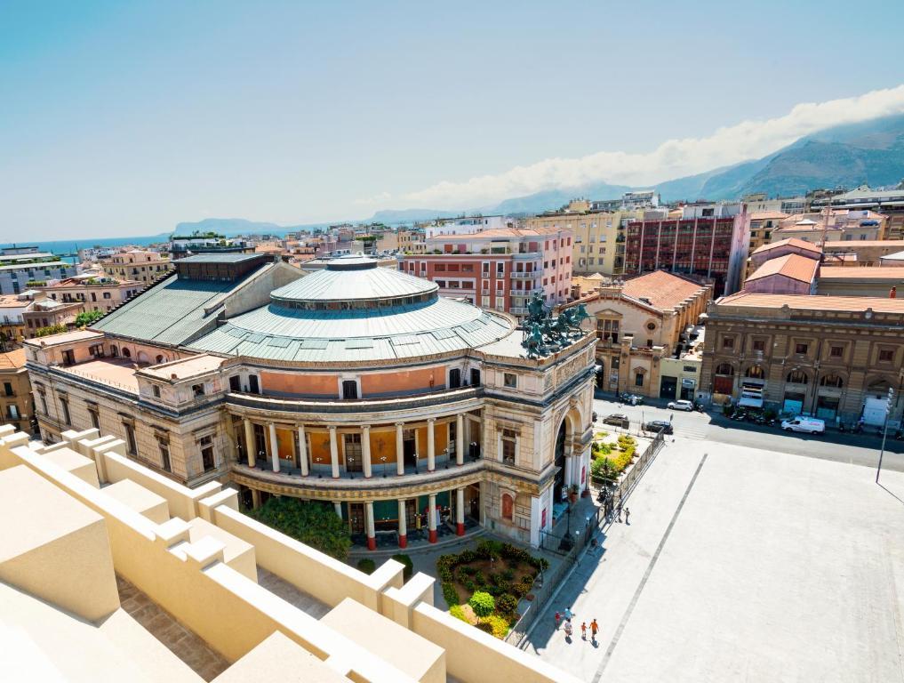 Vista aerea di Hotel Politeama