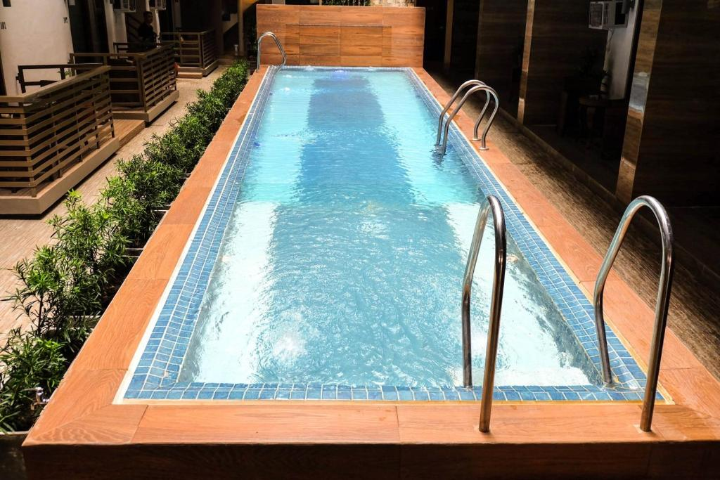 The swimming pool at or close to The Piccolo Hotel of Boracay