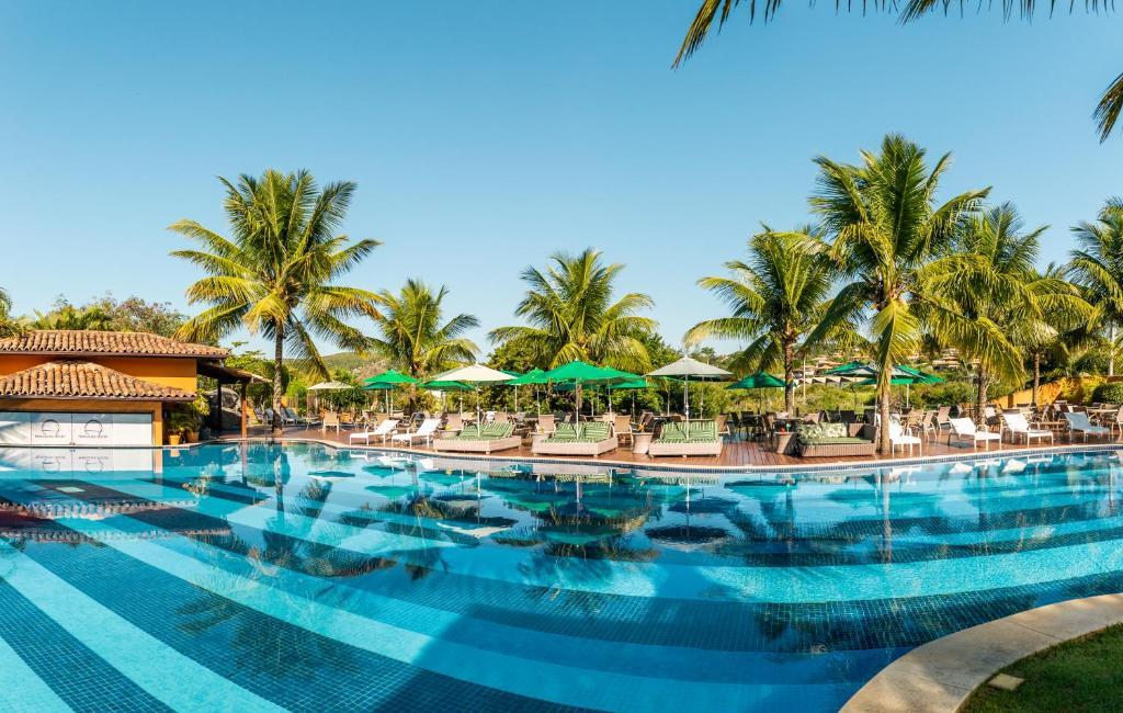 The swimming pool at or near Hotel Ferradura Resort