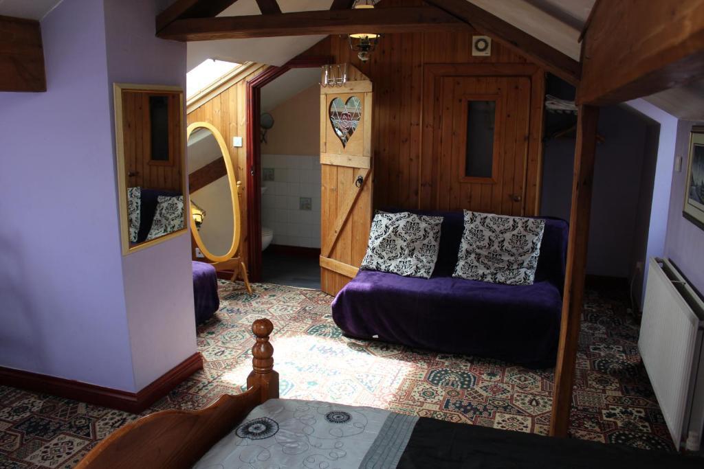 Peakdale Lodge - Laterooms
