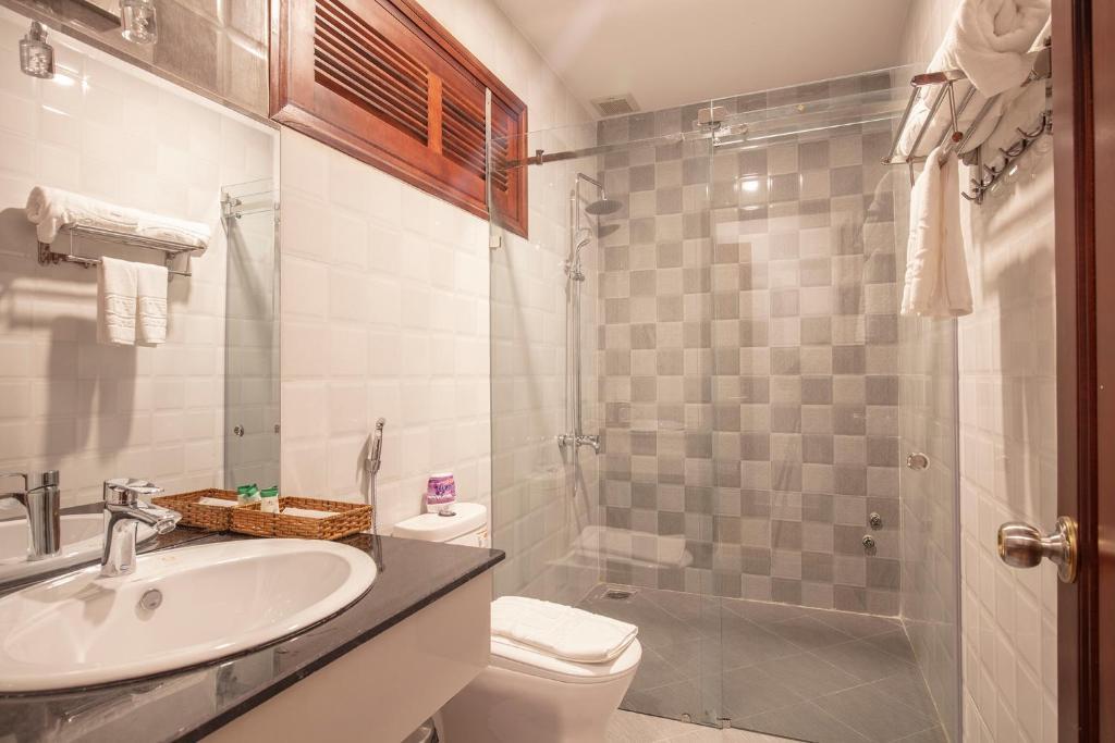 Phòng tắm tại Interstella Hotel
