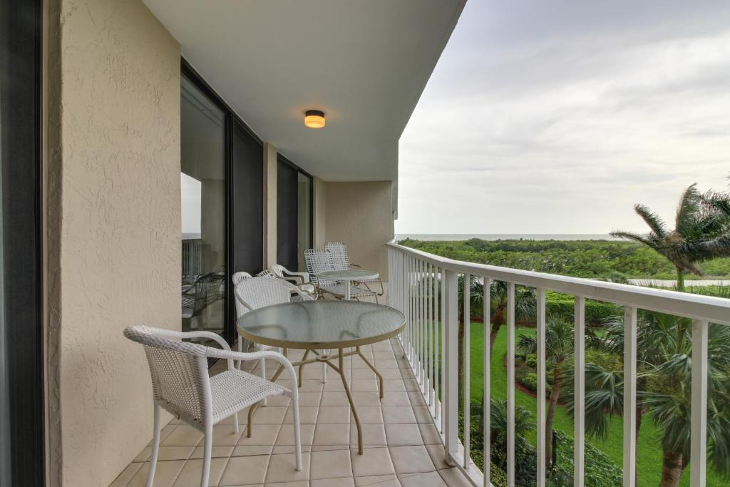 A balcony or terrace at Crystal Waves