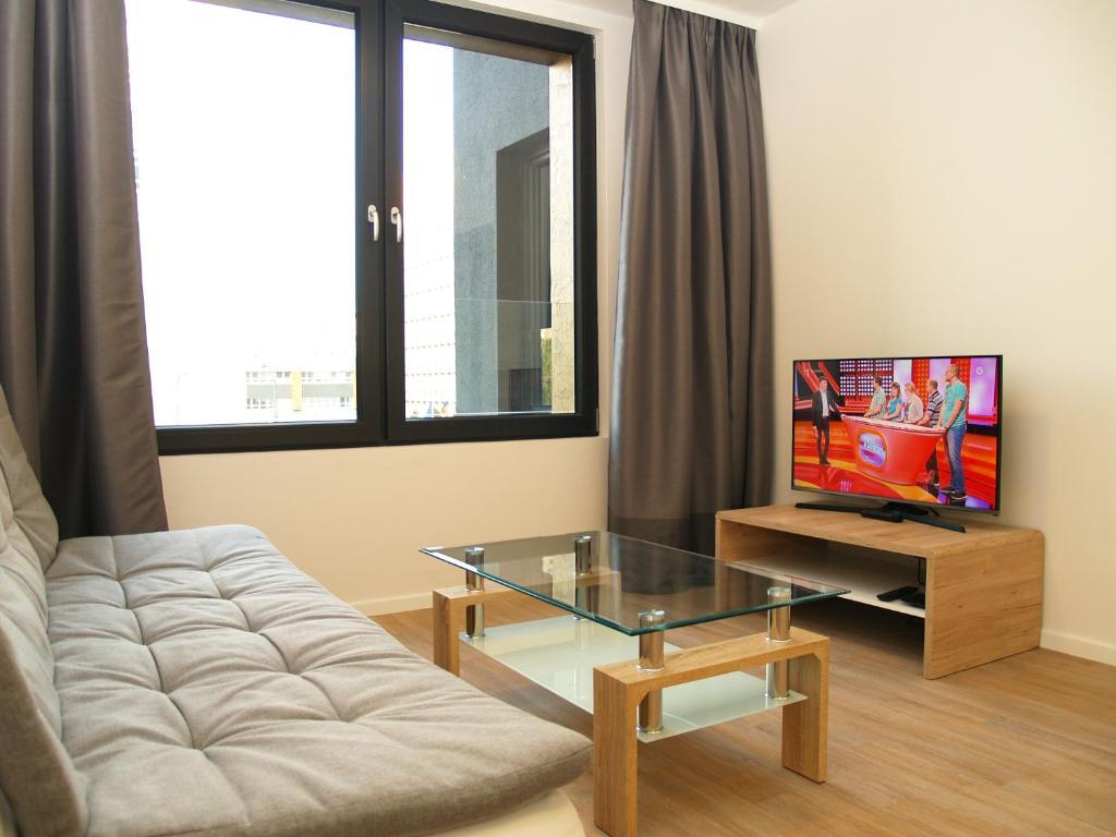 A seating area at Elegant Apartment Miletičova