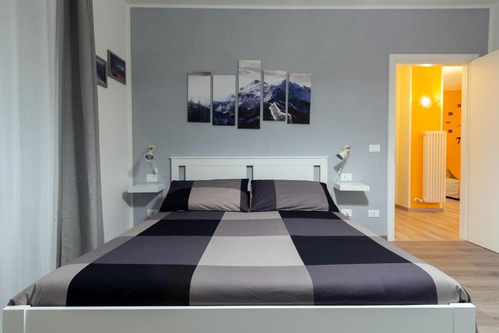A bed or beds in a room at Le quattro stagioni