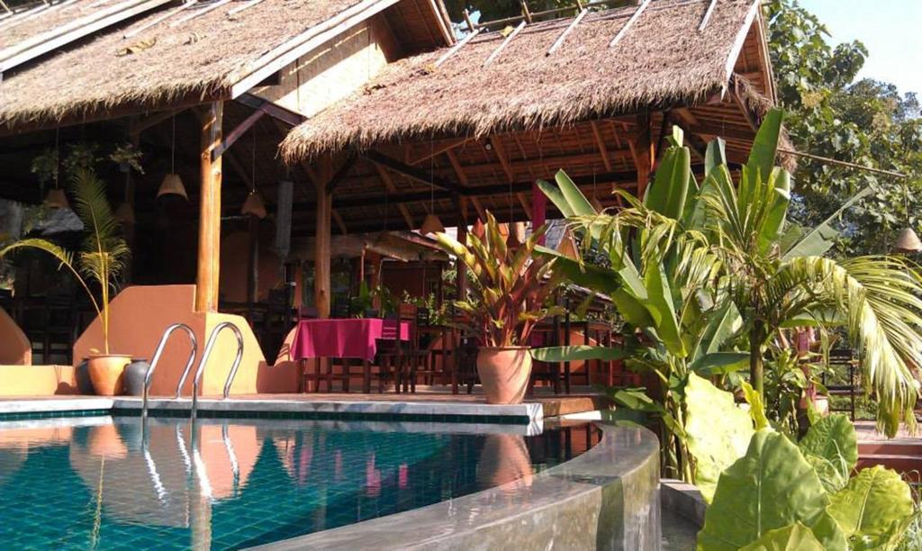 Piscina en o cerca de Mandala Ou Resort