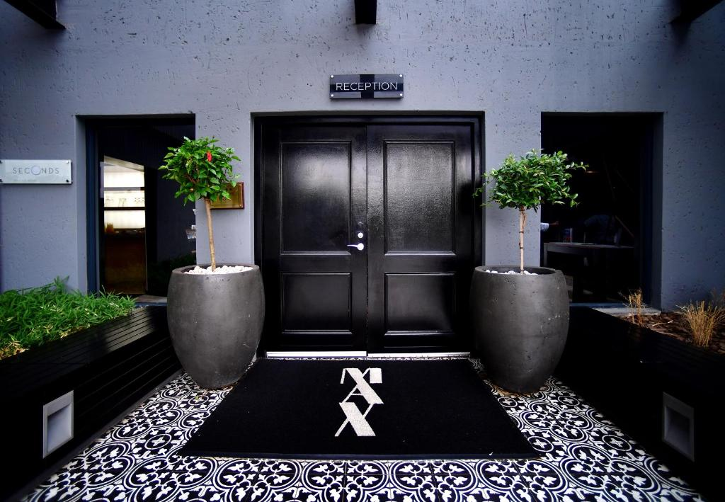 The lobby or reception area at Max Executive Apartments