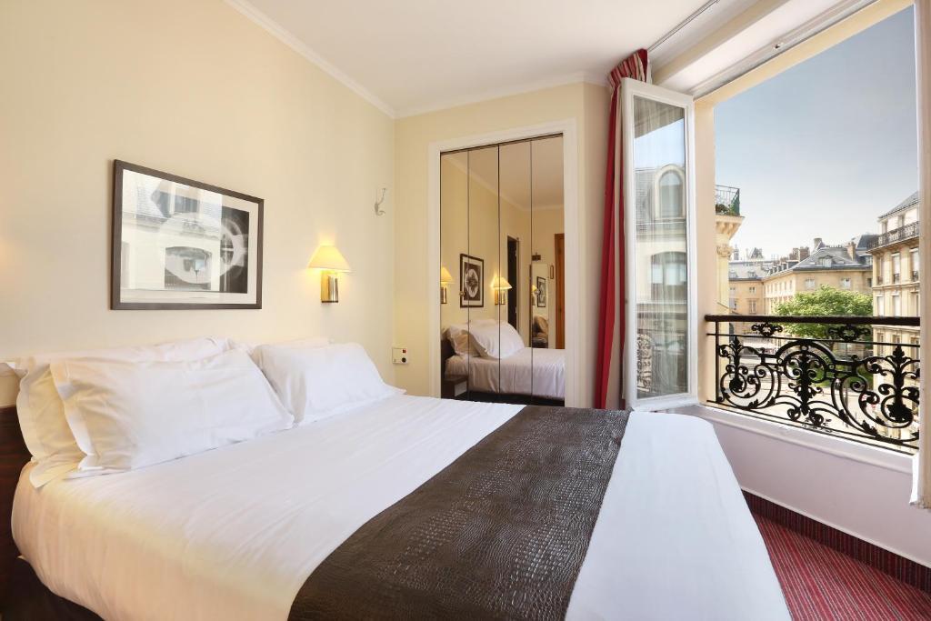 Hotel du College de France Paris, France