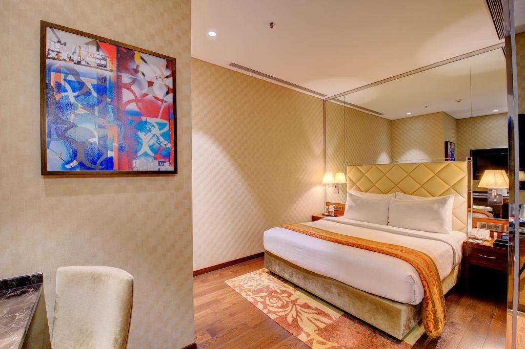 A room at the Niranta Transit Hotel Terminal 2 Arrivals/Landside.