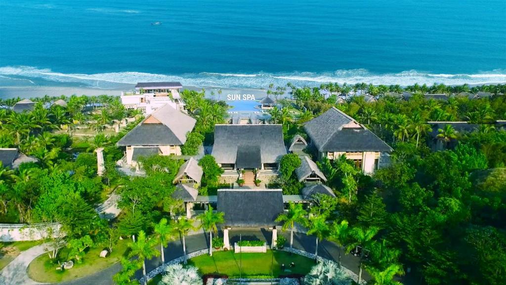 Tầm nhìn từ trên cao của Sun Spa Resort & Villa