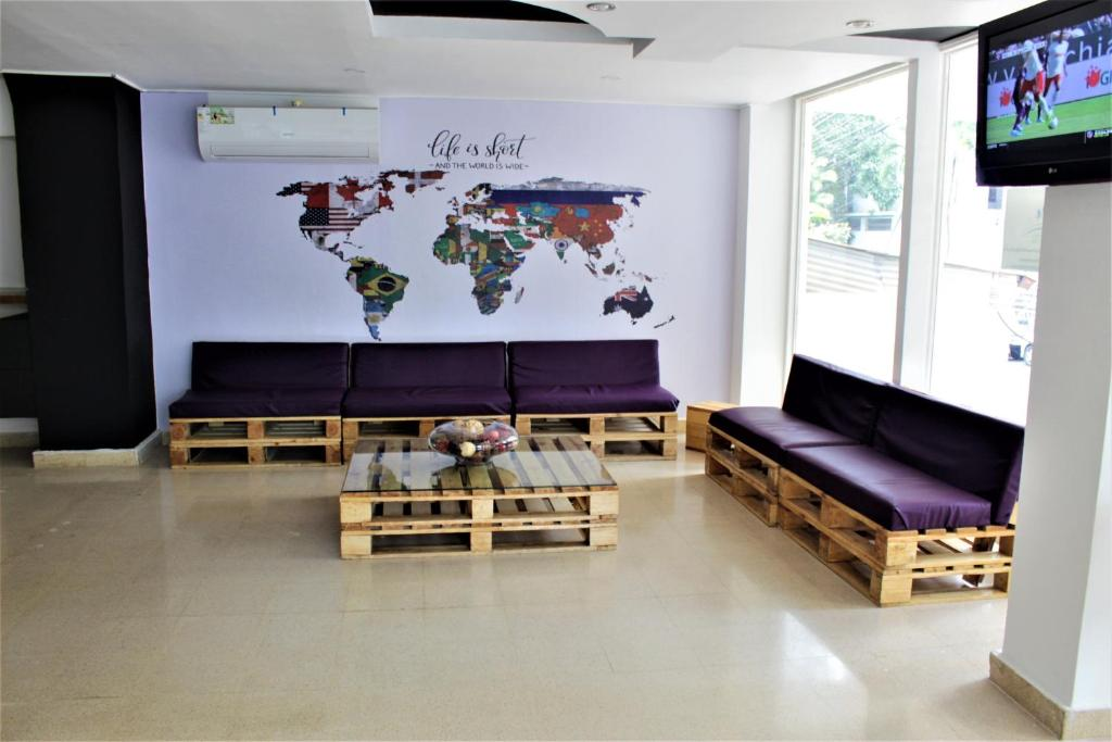 A seating area at Blu Hostel