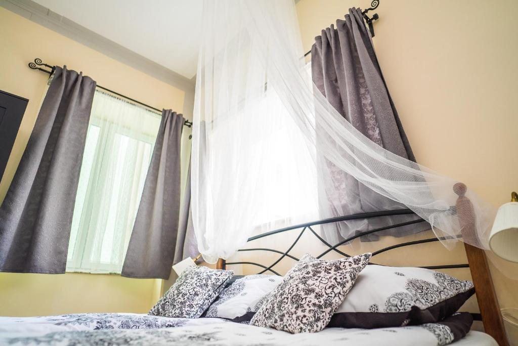 Krevet ili kreveti u jedinici u objektu Boutique Hostel Kings n' Queens