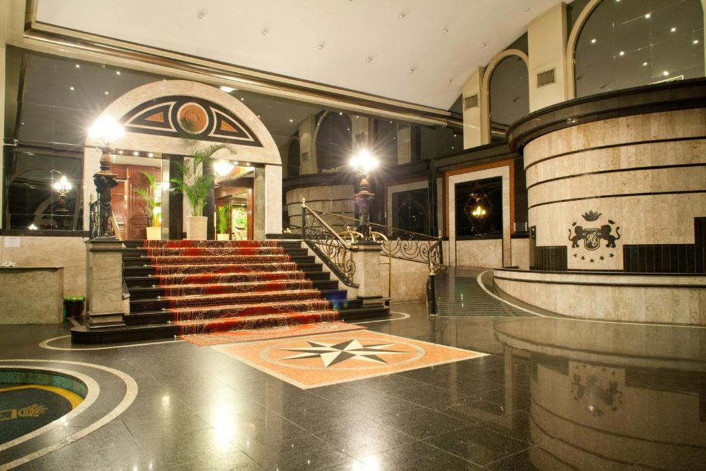 The lobby or reception area at Hotel Excelsior