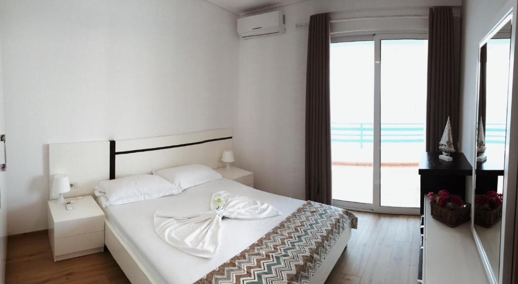 Улучшенные апартаменты на верхнем этаже с видом на море: фотография номер 5