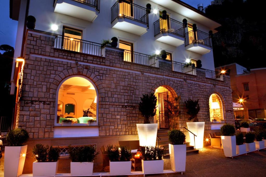 Le Ancore Hotel Vico Equense, Italy