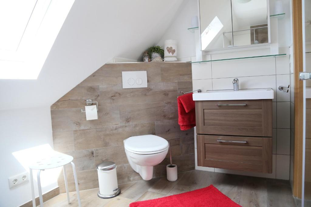 Ein Badezimmer in der Unterkunft Ferienwohnung Memmel