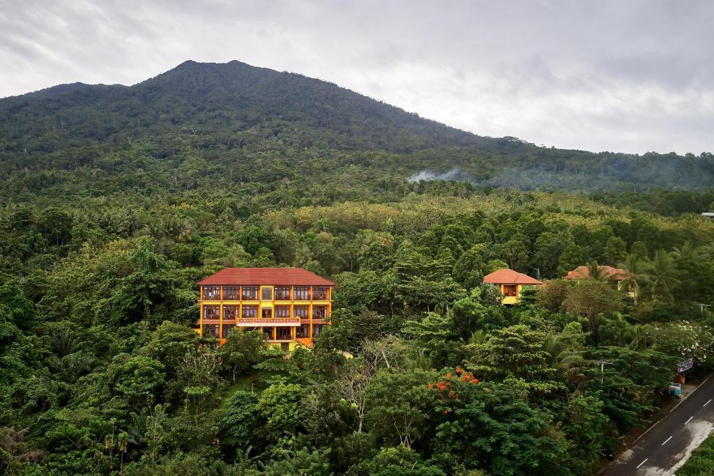 A bird's-eye view of Villa Ma'Rasai