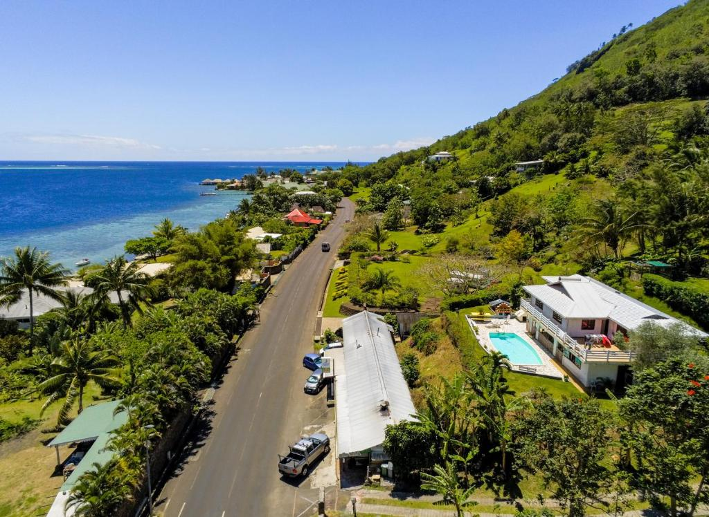 Uma vista aérea de Villa Vaiana EURL Vaiana Faratea officedu tourisme 1593DTO MT