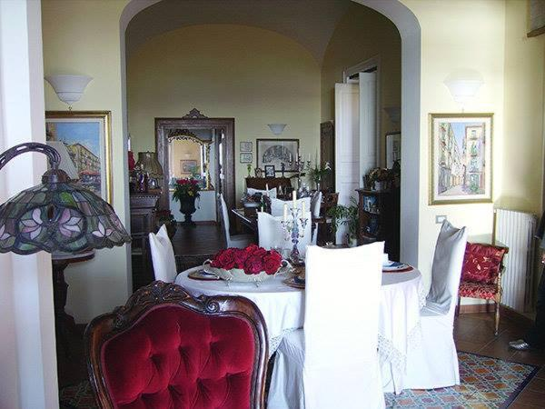 A restaurant or other place to eat at Villa Avenia