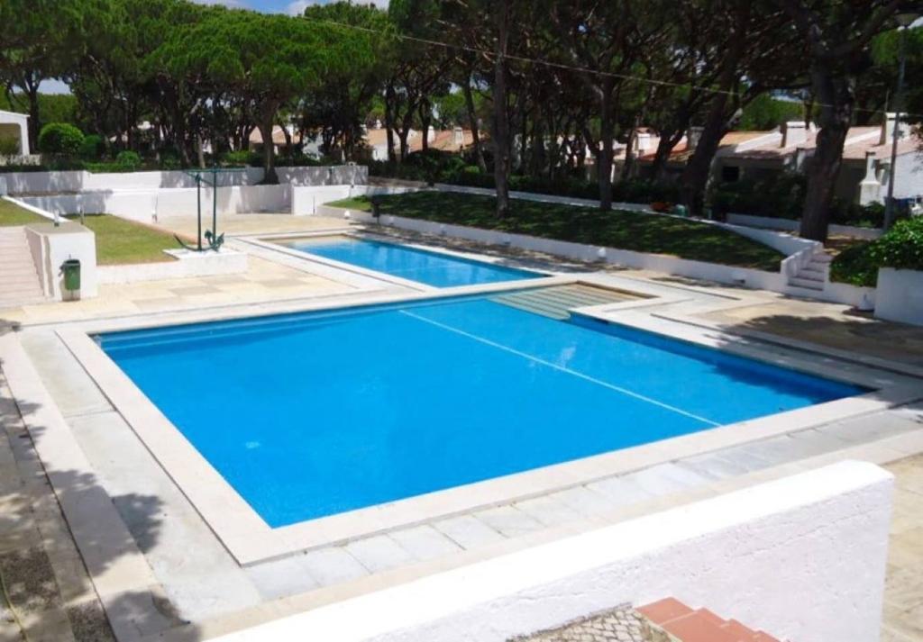 The swimming pool at or close to Studio - Praia da Falesia - Algarve