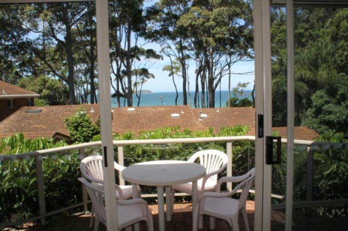 A balcony or terrace at Coastal Retreat Unit 5
