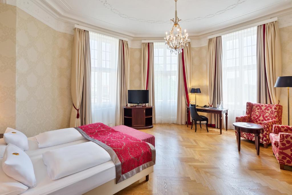 A room at the Austria Trend Parkhotel Schonbrunn Wien.