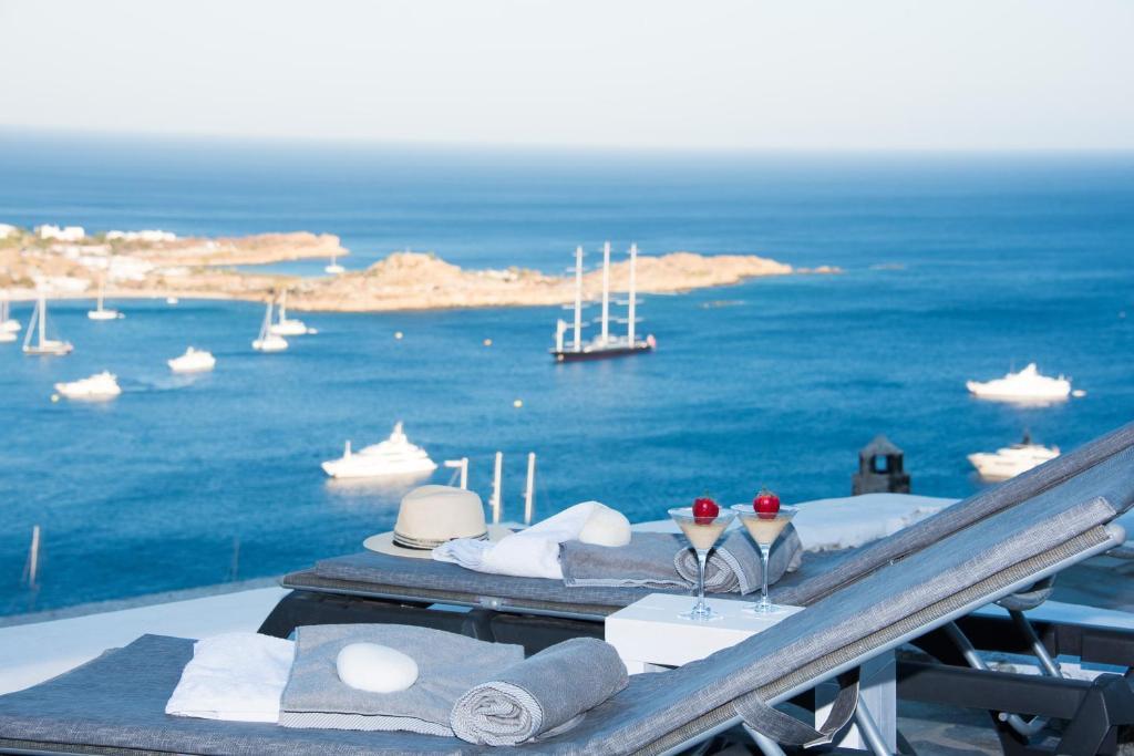 Vue générale sur la mer ou vue sur la mer prise depuis la villa