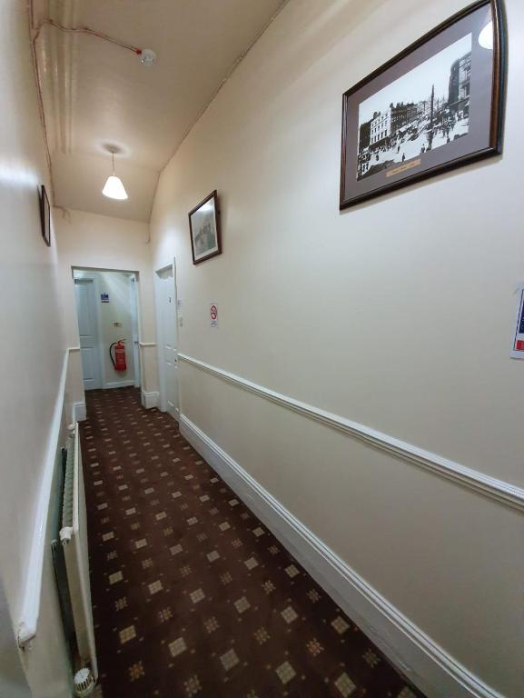 Handforth Lodge - Laterooms