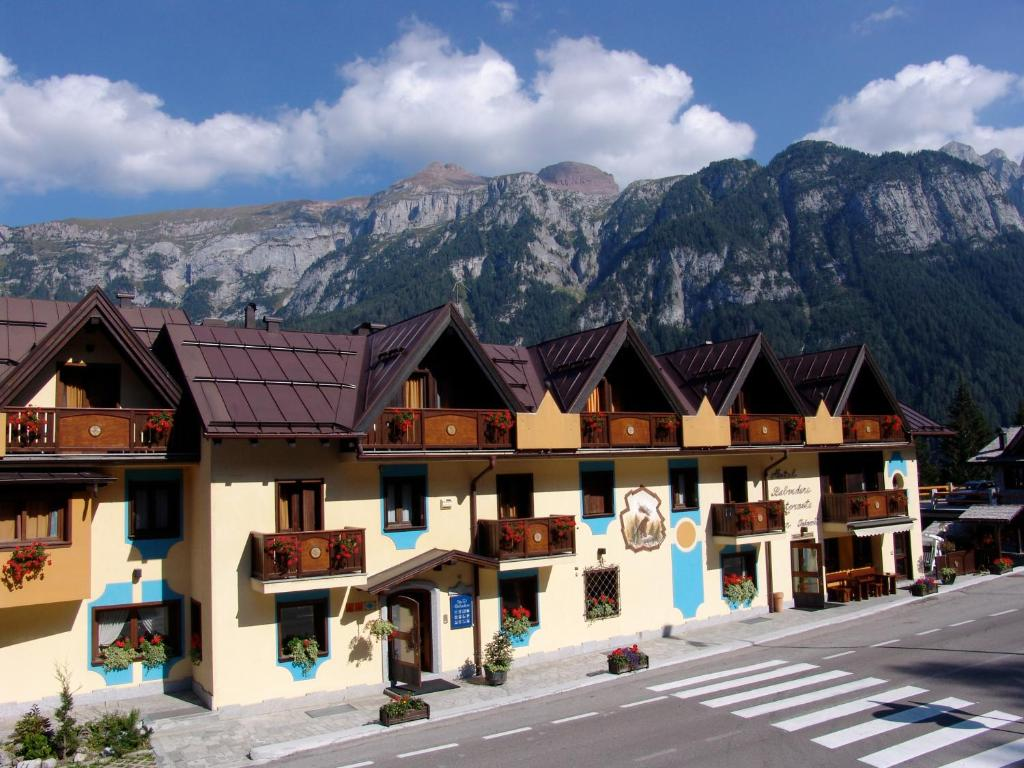 Hotel Belvedere Folgarida, Italy