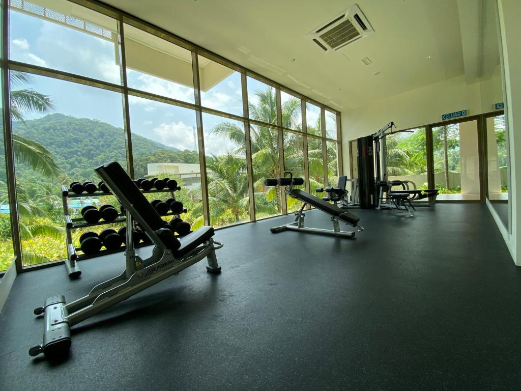 The fitness centre and/or fitness facilities at By The Sea @ Luxury Suites, Batu Ferringhi