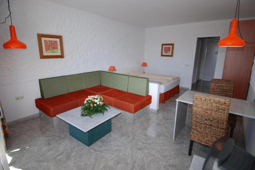 Apartamentos Matorral - Laterooms