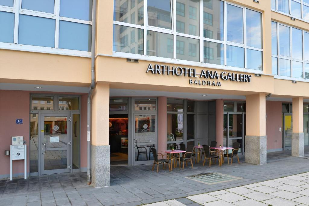 Arthotel Ana Gallery Baldham, Germany
