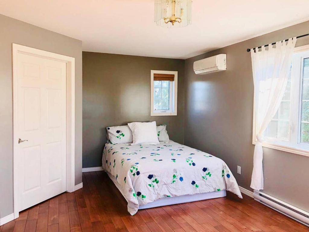 High End 2 Level Apt In Exclusive Quiet Location Gatineau Updated 2021 Prices