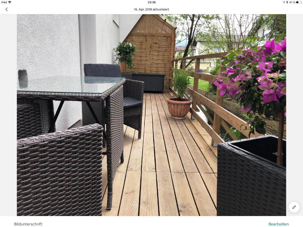 Ein Balkon oder eine Terrasse in der Unterkunft lisa apartment