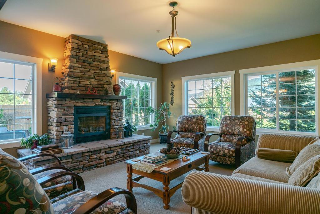 A seating area at Granite Hills Inn