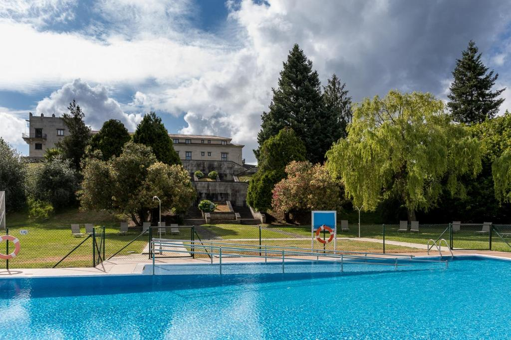 The swimming pool at or near Parador de Tui