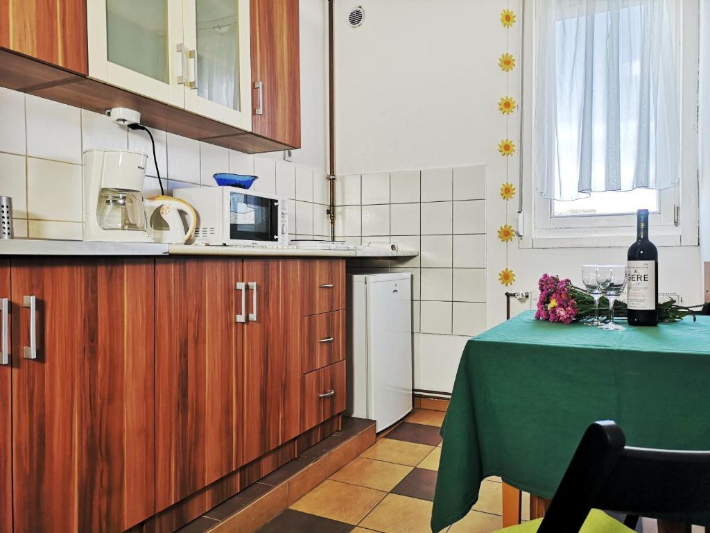A kitchen or kitchenette at Acceptus Domus