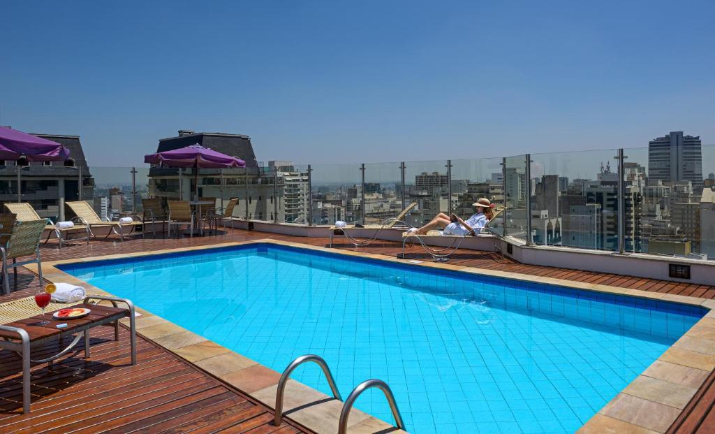 A piscina localizada em Mercure Sao Paulo Alamedas ou nos arredores