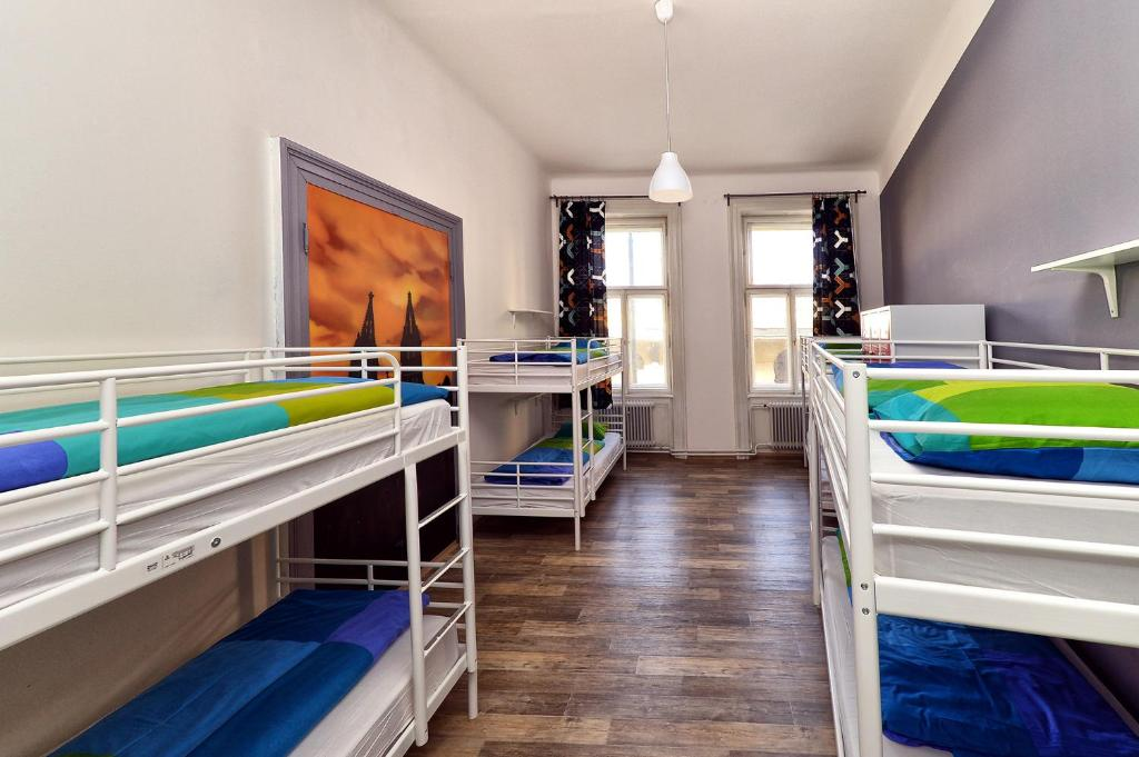 A bunk bed or bunk beds in a room at Hostel One Home