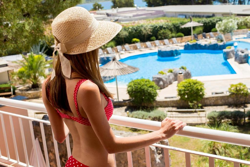 A view of the pool at Matilde Beach Resort or nearby